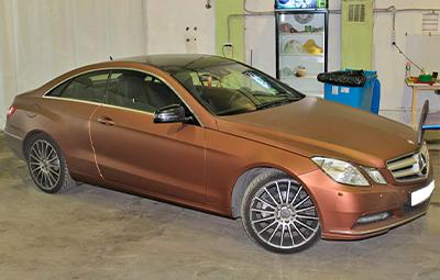 Оклейка Mercedes-Benz E class coupe пленкой Arlon Aztec Bronze
