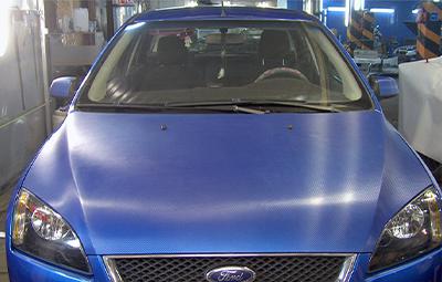 Оклейка элементов кузова Ford Focus в прозрачный карбон