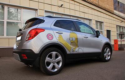 Винилография ввиде Барта Симпсона на Opel Mokka