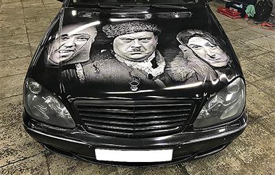 Оклейка капота винилографией на Mercedes-Benz S class