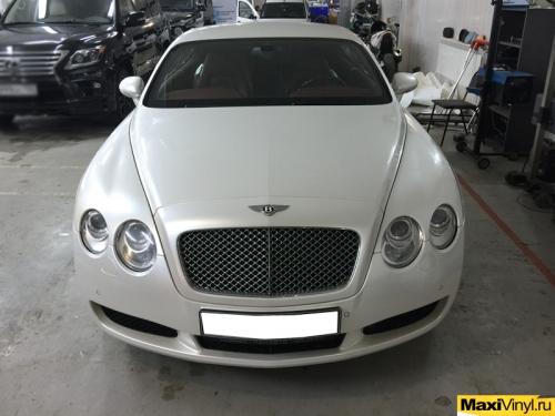 Полная оклейка пленкой белый перламутр Bentley Continental GT