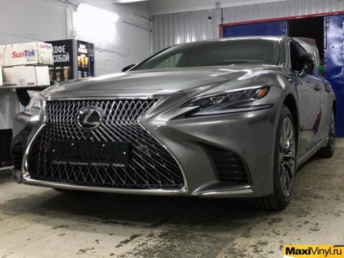 Частичная оклейка Lexus LS полиуретановой пленкой