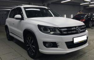 Полная оклейка VW Tiguan белой матовой пленкой