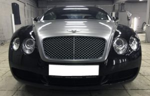 Оклейка пленкой капота, решетки радиатора, заднего спойлера и крышки багажника на Bentley Continental GT