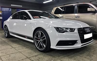Полосы на борта для Audi A7