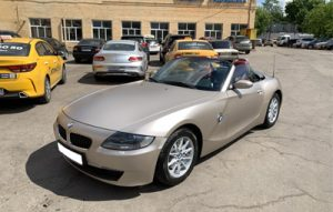 Полная оклейка BMW Z4 в TeckWrap