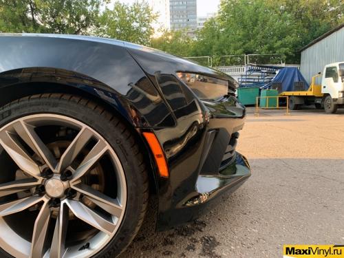 Частичная оклейка Chevrolet Camaro в черный глянец