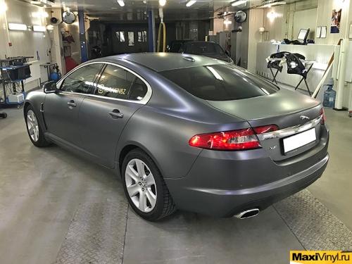 Полная оклейка Jaguar XF в серый матовый металлик
