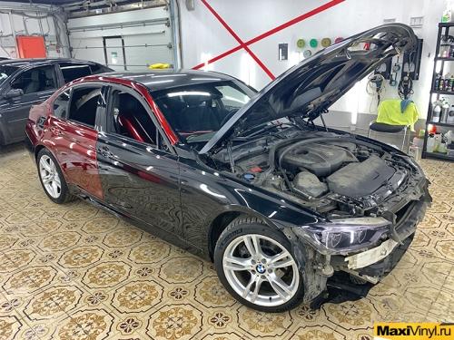Полная оклейка BMW F30 в Supreme Red