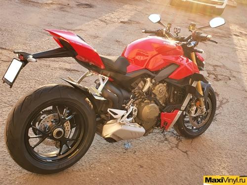 Полная оклейка мотоцикла Ducati Streetfighter V4S