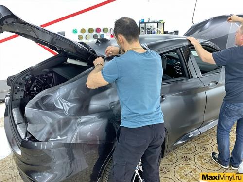 Полная оклейка BMW X4 в матовый полиуретан