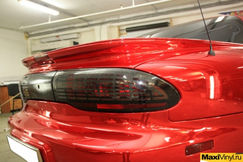 Полная оклейка Pontiac Firebird в красный хром Nippon
