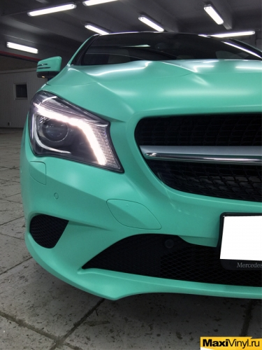 Полная оклейка Mercedes-Benz CLA пленкой Oracal 970