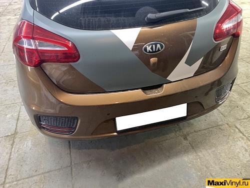 Восстановление наклеек на Kia Ceed